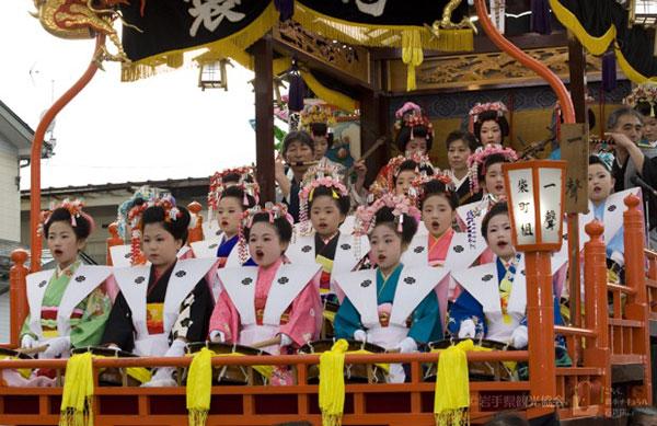 ฤดูใบไม้ผลิมาถึงแล้ว! ไปเที่ยวชมงานเทศกาลฤดูใบไม้ผลิทั่วญี่ปุ่นกันเถอะ 1 ศูนย์รวมทัวร์ต่างประเทศ ที่มีโปรแกรมทัวร์ท่องเที่ยวต่างประเทศหลากหลายเส้นทาง เพียบพร้อมด้วยทีมงานมืออาชีพ ที่พร้อมให้บริการและดูแลเอาใจใส่ทุการเดินทางของคุณ โปรแกรมของเราออกแบบมาอย่างดีด้วยประสบการณ์กว่า 15 ปี เที่ยวแบบไม่อัดแน่น มีเวลาให้เที่ยวชมและช็อปปิ้งอย่างเหลือเฟือไม่รีบร้อน เที่ยวเต็มอิ่ม พักสบาย ช้อปจนเพลิน อาหารอร่อยถูกปาก ท่องเที่ยวอย่างมีสไตล์ เอเชีย ยุโรป อเมริกา ออสเตรเลีย ทริปในประเทศ, ทริปต่างประเทศ, จองทัวร์, แพ็คเกจทัวร์ต่างประเทศ โดยทีมงานมืออาชีพที่ให้บริการใจใส่ทุกการเดินทาง จัดเต็มทุกรายละเอียด ทำเรื่องเที่ยวให้เป็นเรื่องง่าย